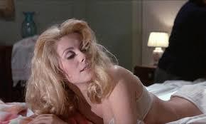 Bella di giorno (Belle de jour) di Luis Buñuel – Francia –  1967 – Durata 100' – V.M 14