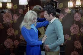 Niente di grave, suo marito è incinto (L'événement le plus importante depuis que l'homme a marché sur la lune) di Jacques Demy– Francia – 1973- Durata 94'