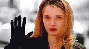 Tre colori: film bianco (Trois couleurs: Blanc) di Krzysztof Kieslowski – Francia – 1994 – Durata  92′